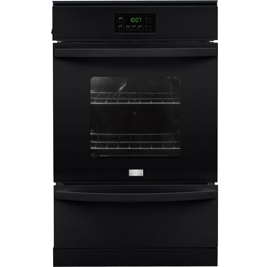 Frigidaire 24-in Single Gas Wall Oven (Black)