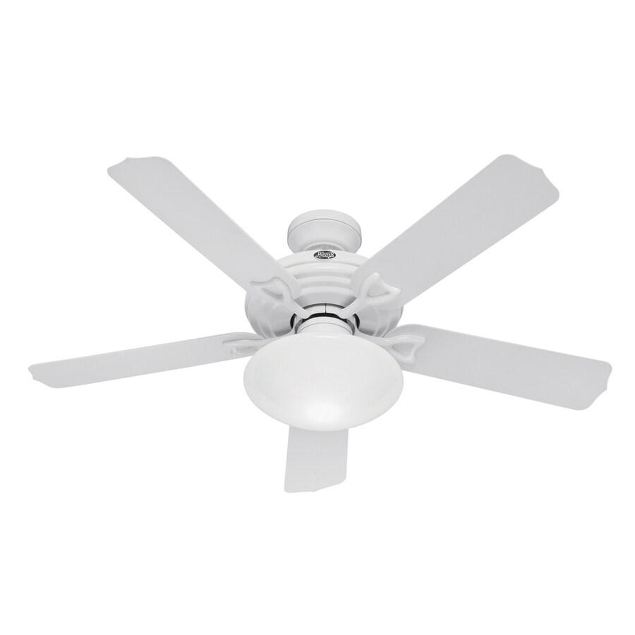 Hunter 52-in Beaufort White Outdoor Ceiling Fan with Light Kit