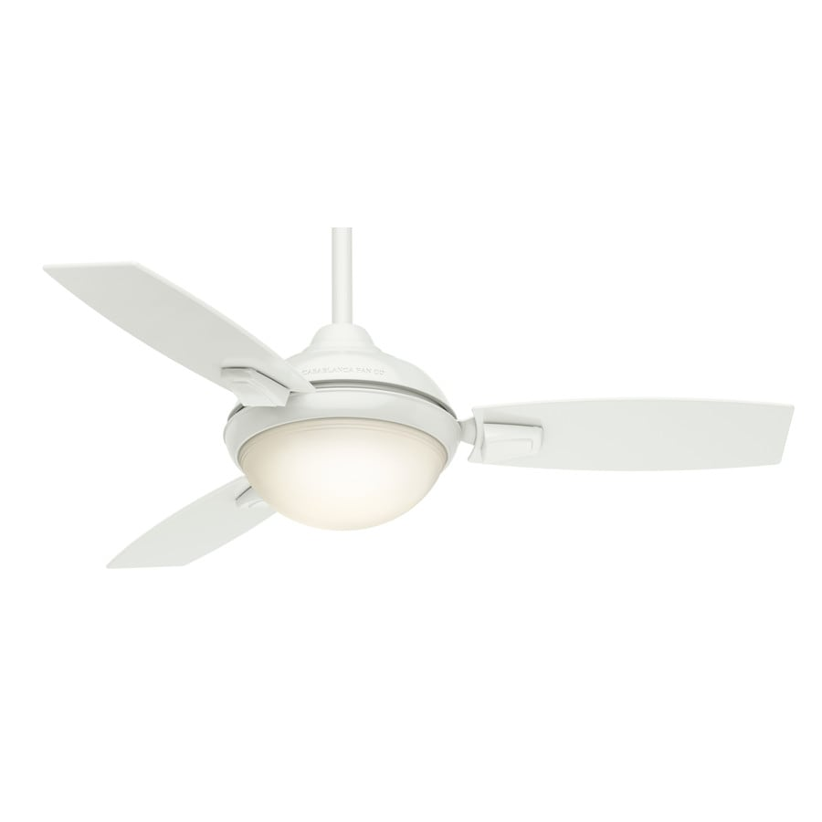Casablanca Verse Led 44-in Fresh White Downrod or Close Mount Indoor/Outdoor Residential Ceiling Fan with LED Light Kit and Remote (3-Blade)