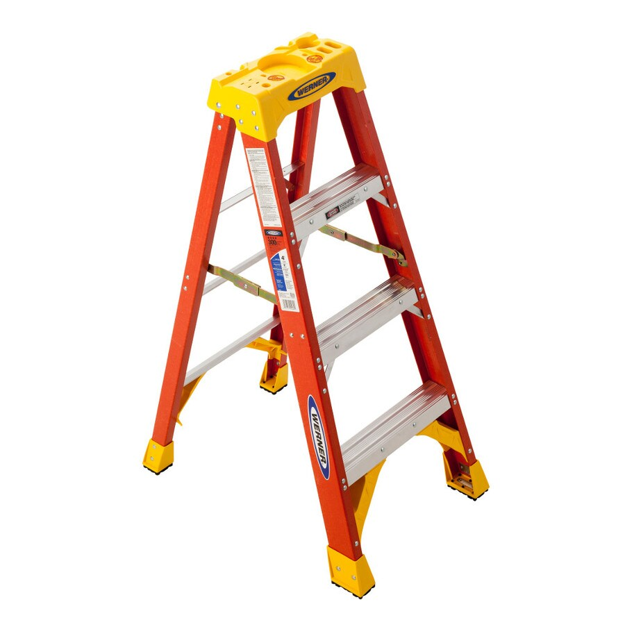 Werner 4-ft Fiberglass 300-lb Type IA Step Ladder