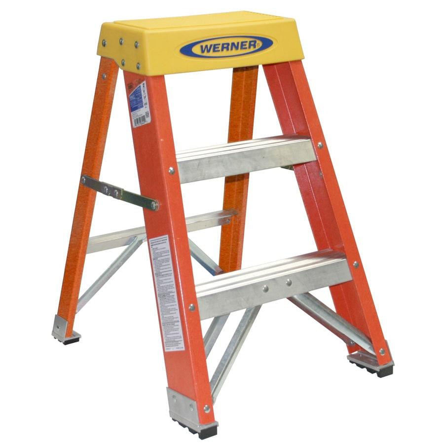 Shop Werner 2 Ft Fiberglass 300 Lb Type Ia Step Ladder At