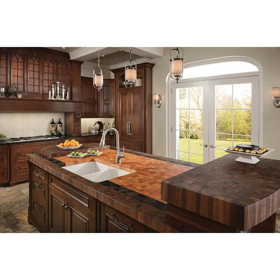 Franke Manor House 19.875-in x 31.25-in White Double-Basin Fireclay Apron Front/Farmhouse 1-Hole Residential Kitchen Sink