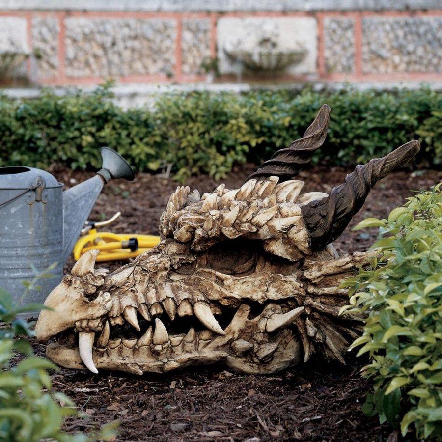 Design Toscano Stoker's Moors Dragon Skull 18.5-in Garden Statue