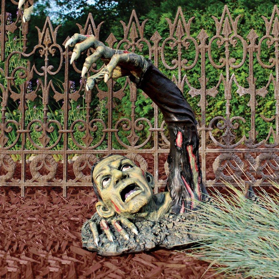 Shop design toscano zombie outdoor halloween decorations for Outdoor halloween decorations images