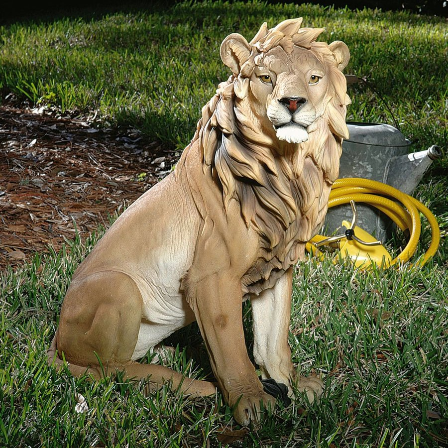Design Toscano King Of Beasts 27-in Animal Garden Statue