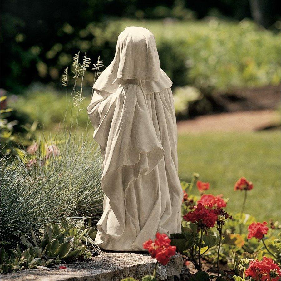 Design Toscano French Pleurant 10.5-in Garden Statue