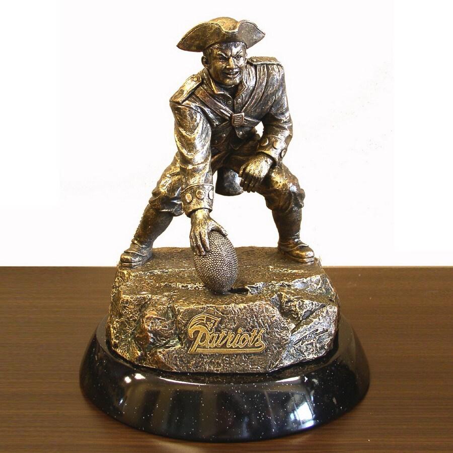 Wild Sports Metal New England Patriots Sculpture