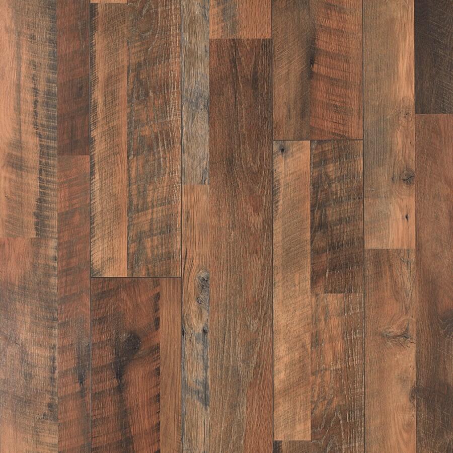 Pergo MAX Embossed Oak Wood Planks Sample (River Road Oak)