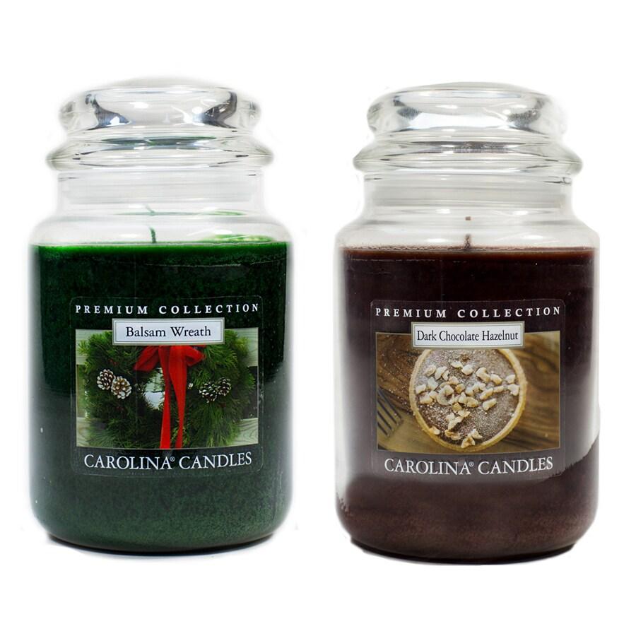 Carolina 22-oz Balsam Wreath/Dark Chocolate Hazelnut 1 Green/Brown Jar Candle