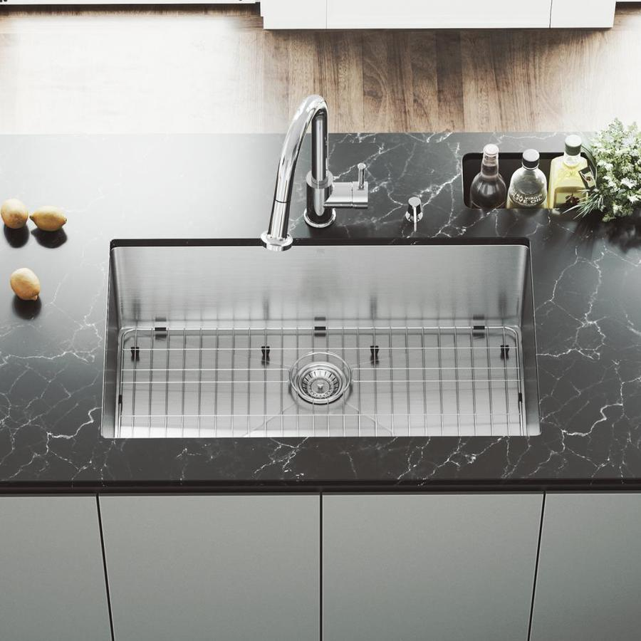 VIGO 32-in x 19-in Stainless Steel Single-Basin Undermount Commercial Kitchen Sink