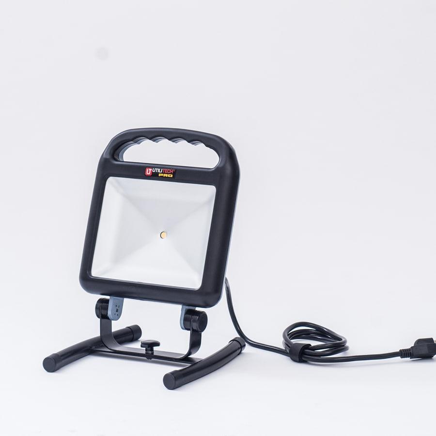 Utilitech Led Garage Lights: Shop Utilitech Pro 1-Light 16-Watt LED Portable Work Light