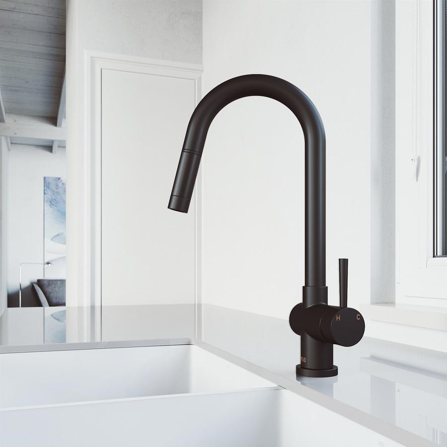 Black Kitchen Faucets Lowes: Shop VIGO Gramercy Matte Black 1-Handle Pull-Out Kitchen