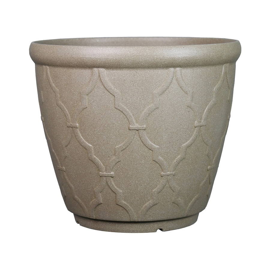 Garden Treasures 18.74-in x 15.8-in Qfoil Sand Plastic Planter