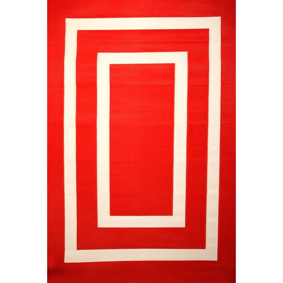 Garden Treasures Rectangular Red Geometric Indoor/Outdoor Area Rug (Common: 5-ft x 8-ft; Actual: 5-ft 3-in x 7-ft 7-in)