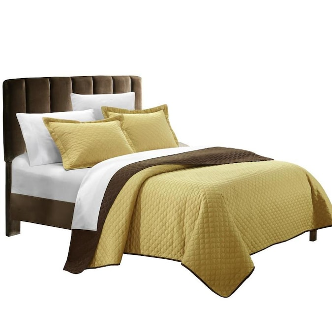 Chic Home Design Teresa 7 Piece Gold Queen Quilt Set In The Bedding Sets Department At Lowes Com