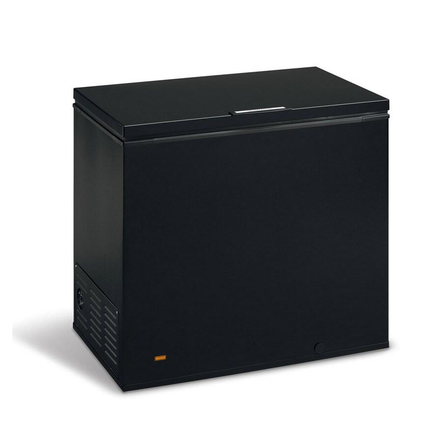 frigidaire 7 2 cu ft chest freezer black at. Black Bedroom Furniture Sets. Home Design Ideas