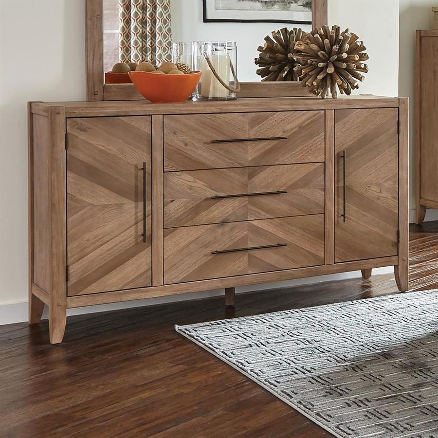 Scott Living Auburn White Washed Natural Mahogany 5 Drawer Dresser