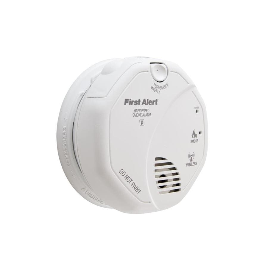 First Alert Wireless Interconnect AC Hardwired 120-Volt Photoelectric Sensor Smoke Detector
