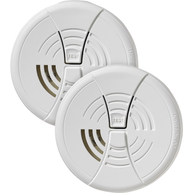 First Alert 2 Pack Battery Operated 9 Volt Smart Smoke Detector In