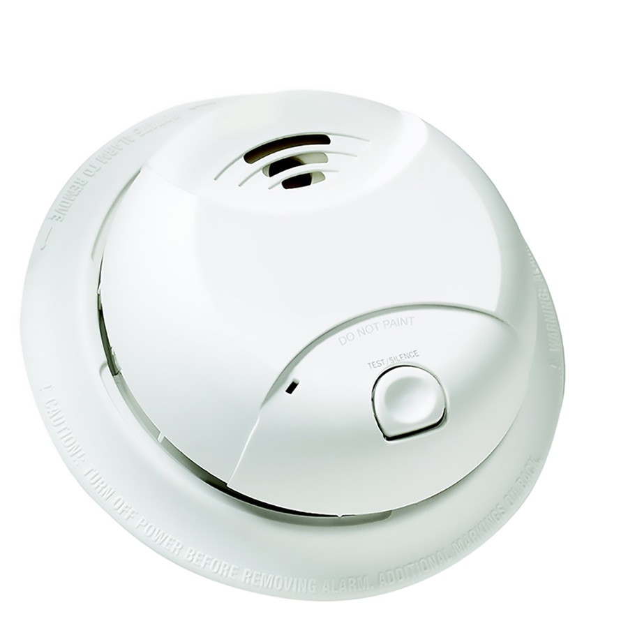 First Alert 10 Year Battery Operated 3 Volt Smoke Detector In The