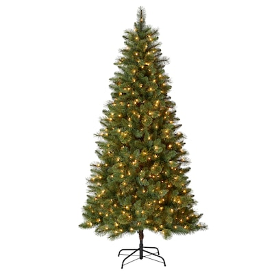 new concept 83fd8 dacc0 7.5-ft Pre-lit Lawndale Slim Artificial Christmas Tree with 500 Constant  White Clear Incandescent Lights