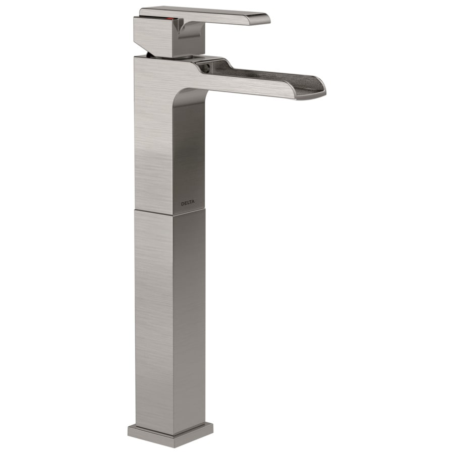 Delta Ara Stainless 1-Handle 4-in Centerset WaterSense Bathroom Faucet