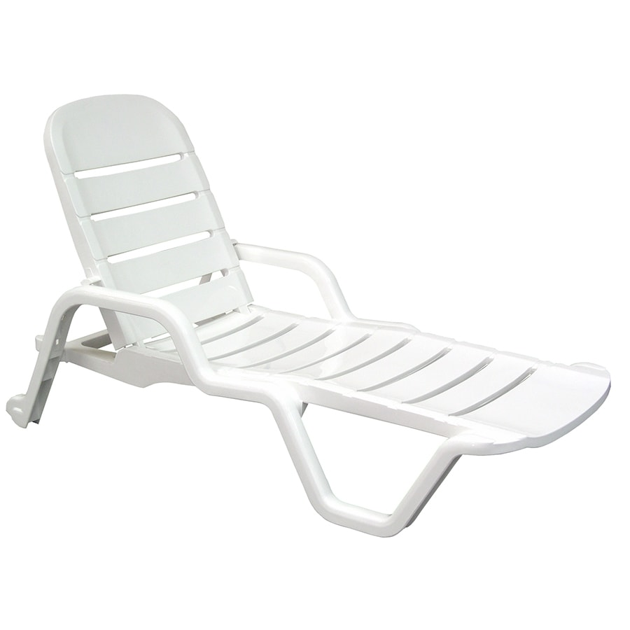 Shop adams mfg corp white resin stackable patio chaise for Chaise longue plastique