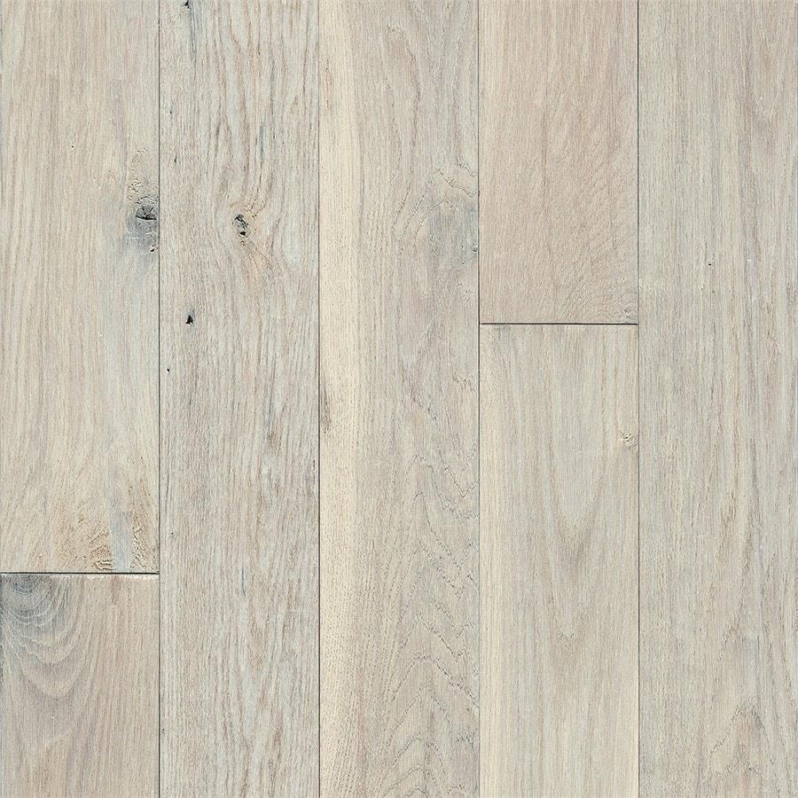 Bruce Signature Scrape 5-in Prefinished Snow Peak Oak Hardwood Flooring (23.5-sq ft)