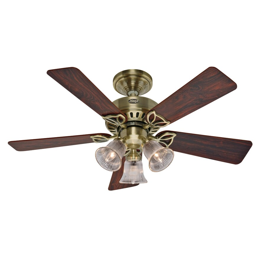 Hunter 42-in Beacon Hill Antique Brass Ceiling Fan with Light Kit