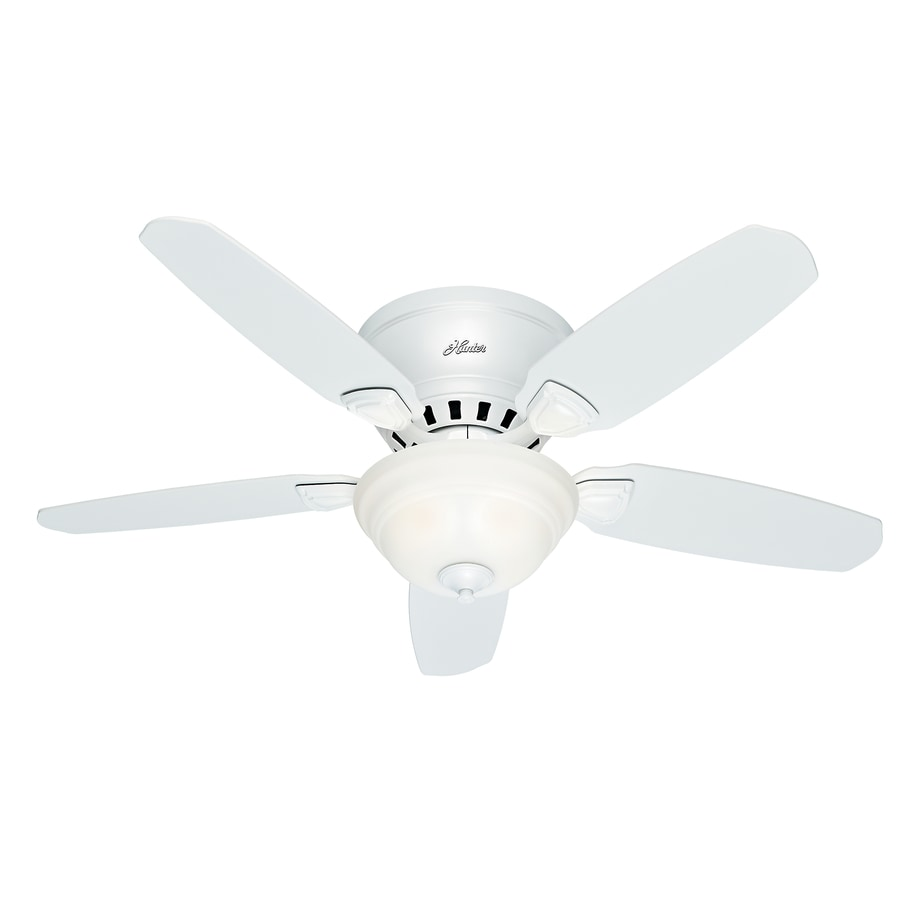 Shop Hunter Louden 46-in White Flush Mount Indoor Ceiling Fan with Light Kit at Lowes.com