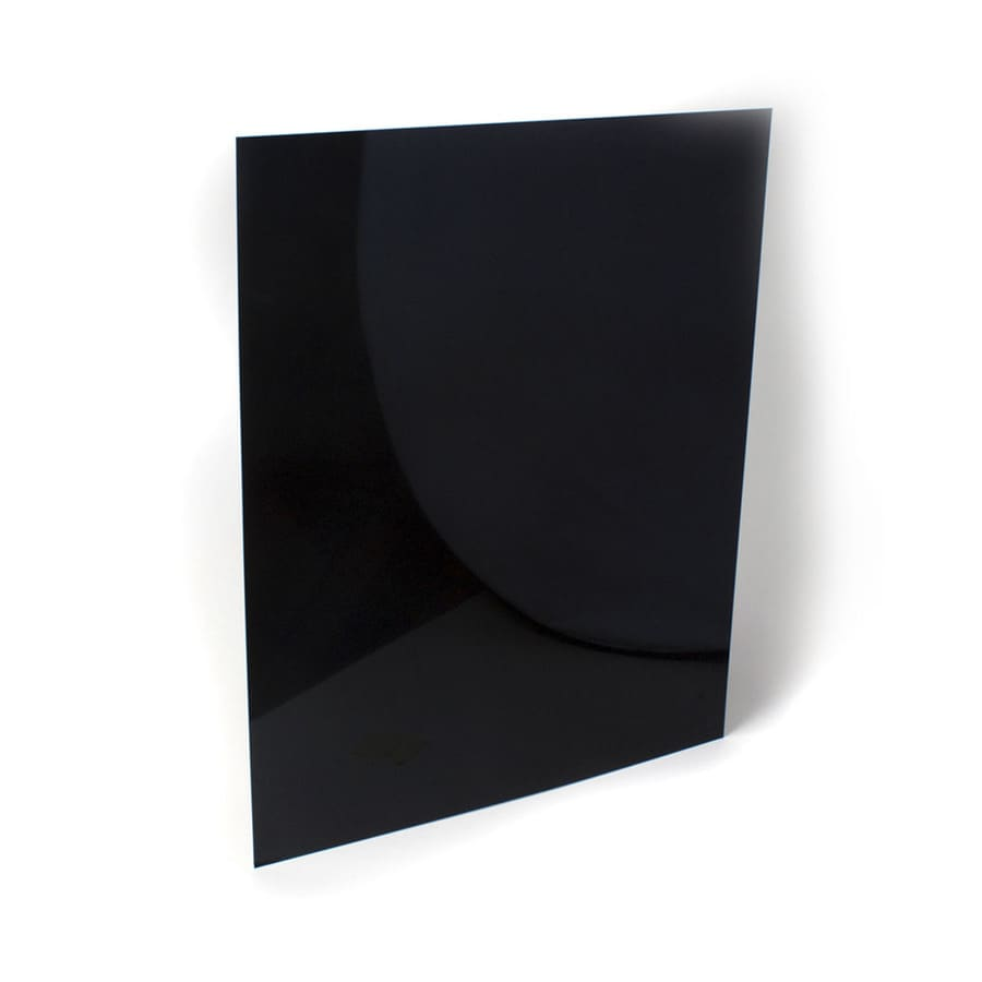 Whirlpool Black and White Solid Surface Backsplash