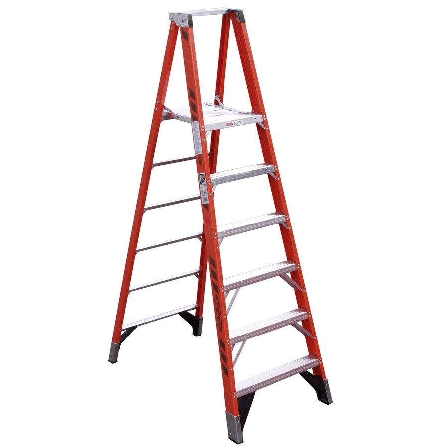Werner 6-ft Fiberglass Type 1AA - 375 lbs. Platform Step Ladder