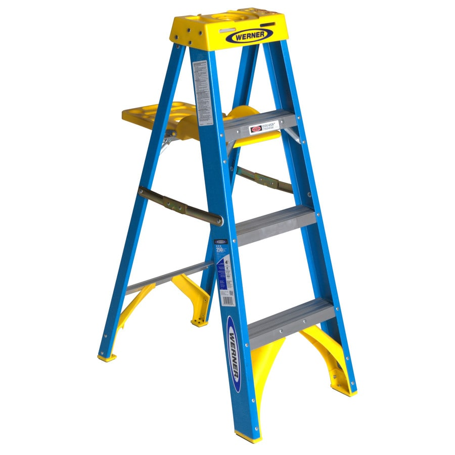 Werner 4-ft Fiberglass 250-lb Type I Step Ladder