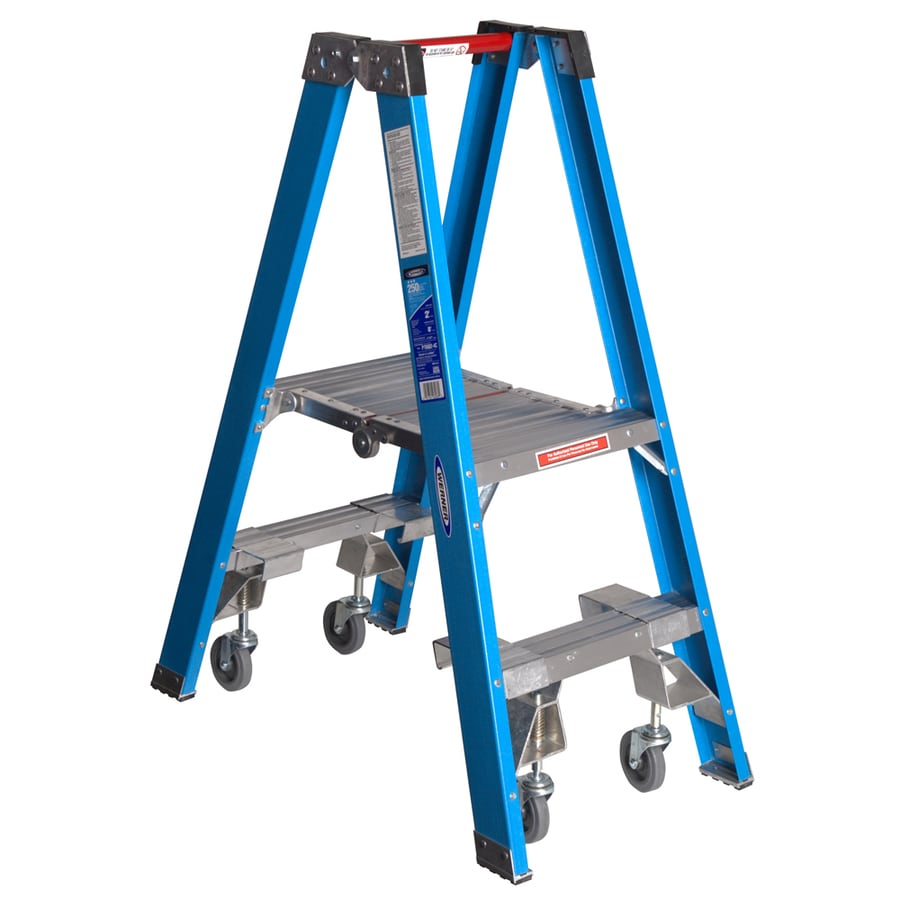 Werner 2-ft Fiberglass 250-lb Type I Stocker's Ladder