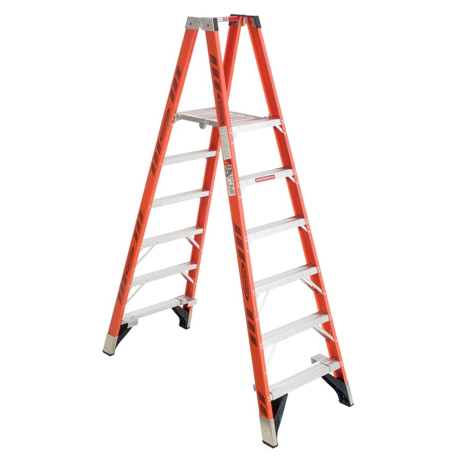 Werner 6-ft Fiberglass 300-lb Type IA Stocker's Ladder
