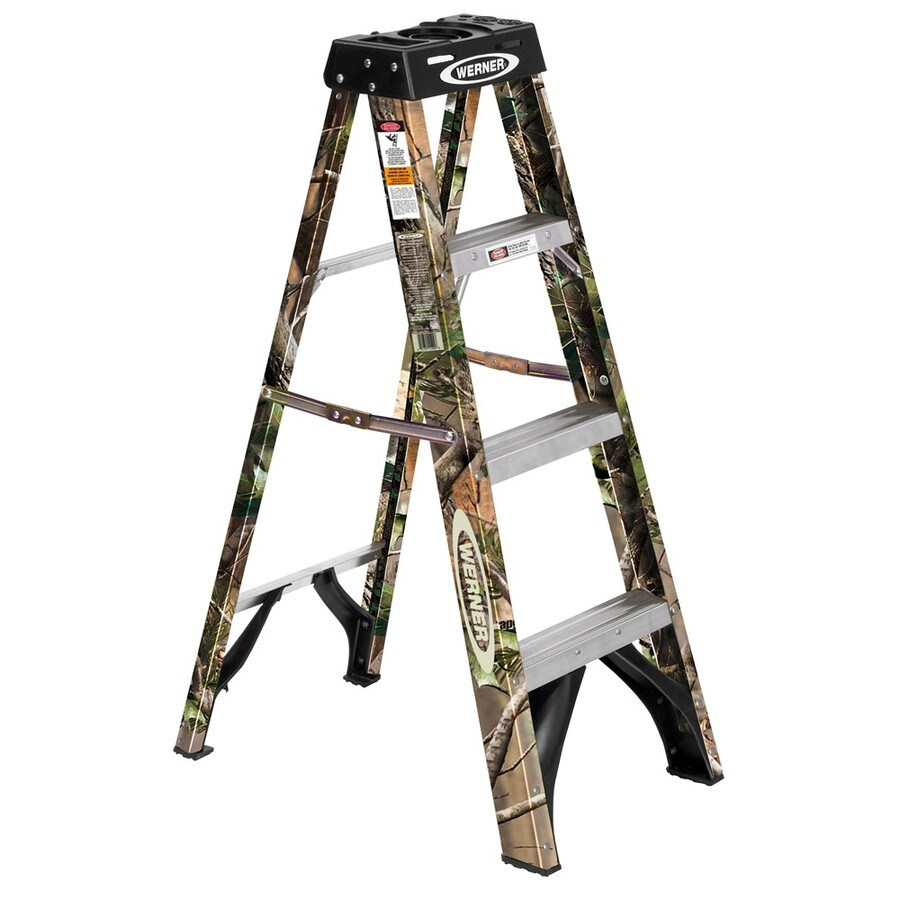 Werner 4-ft Fiberglass 250-lb Type I Camo Step Ladder