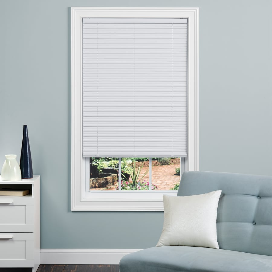 Project Source 1-in Cordless White Vinyl Room Darkening Mini-Blinds (Common 43-in; Actual: 42.5-in x 64-in)