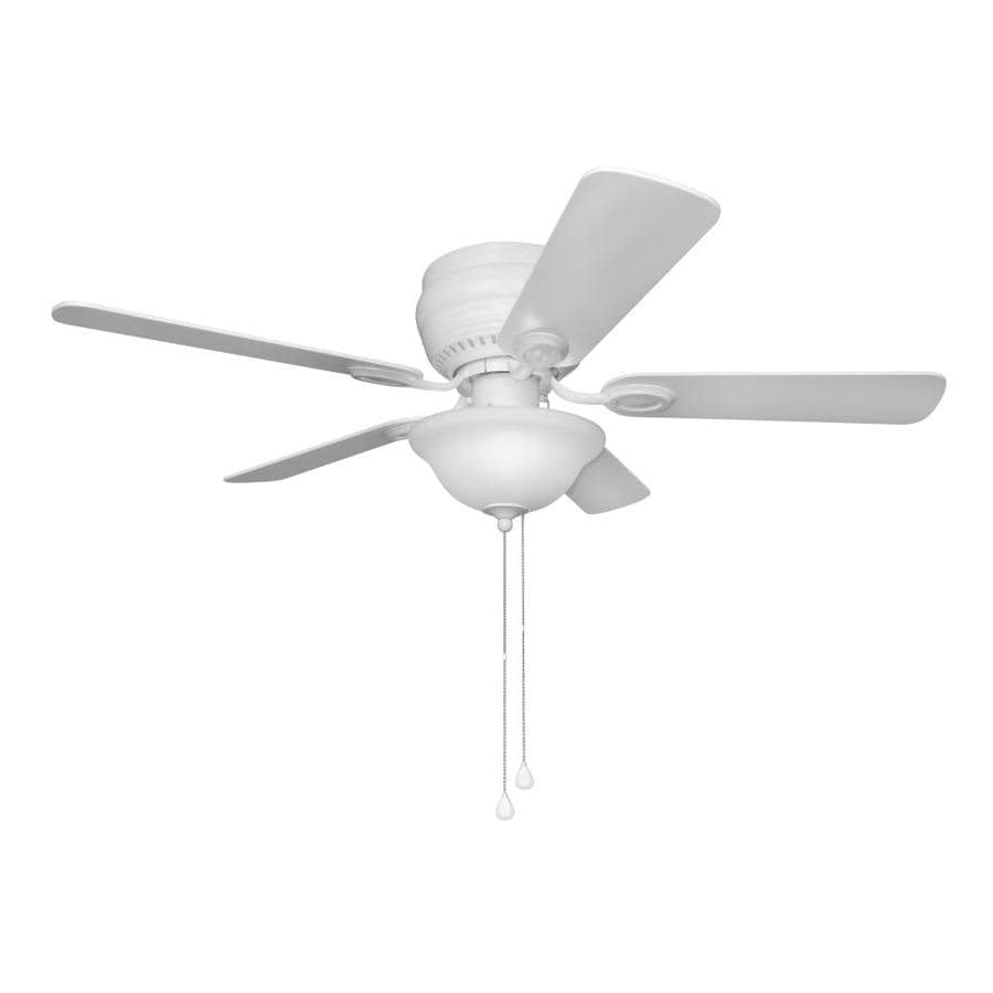Harbor Breeze Mayfield 44-in White Indoor Flush Mount Ceiling Fan with Light Kit