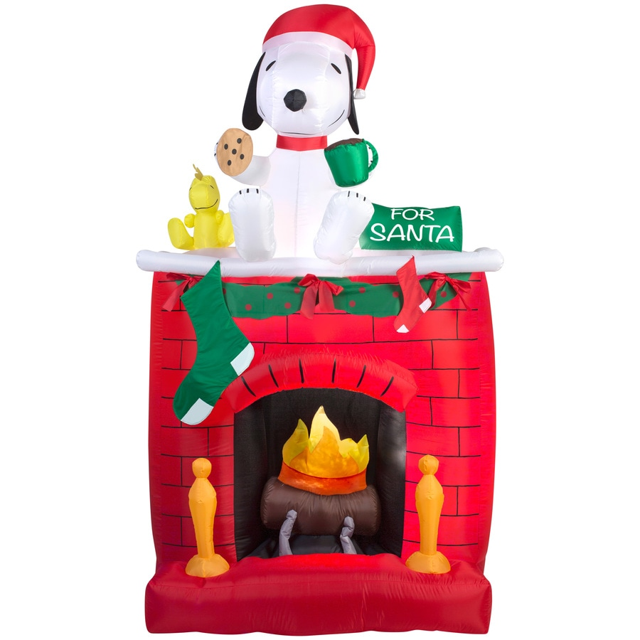 Gemmy 6.98-ft x 2.13-ft Lighted Snoopy Christmas Inflatable