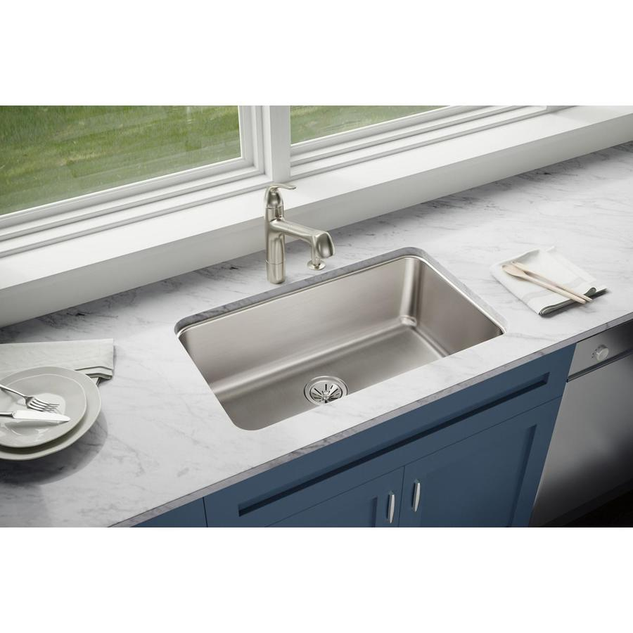 Elkay Gourmet 18.5-in x 30.5-in Lustertone Single-Basin Undermount Residential Kitchen Sink