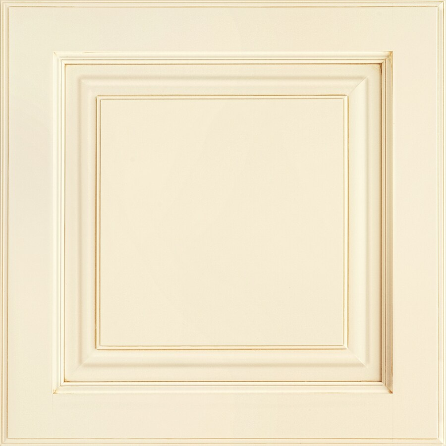Shenandoah Grove 14.5625-in x 14.5-in Butterscotch Glaze Maple Raised Panel Cabinet Sample