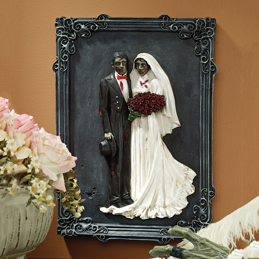 Design Toscano Zombie Wedding Zombie Sign
