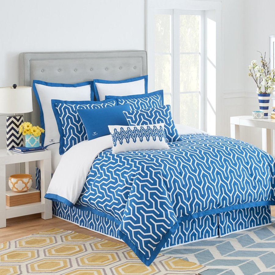 Jill Rosenwald by WestPoint Home Plimpton Flame 4-Piece Blue/White Full Comforter Set