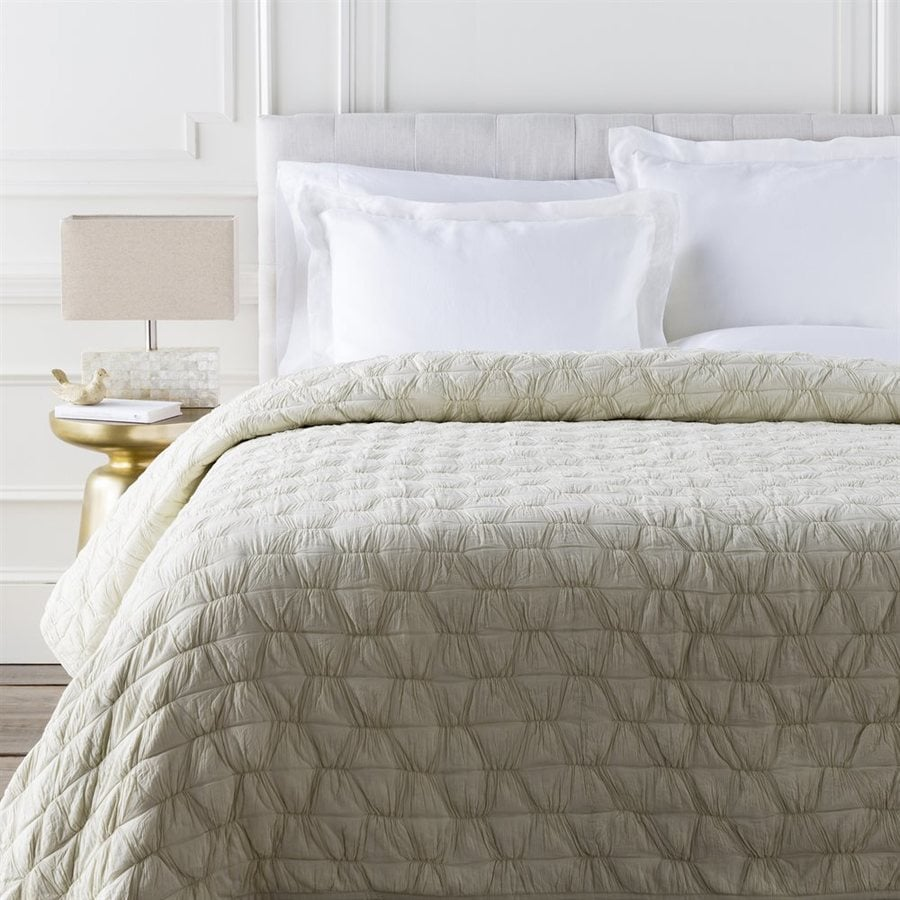 Surya Melissa Natural King Quilt