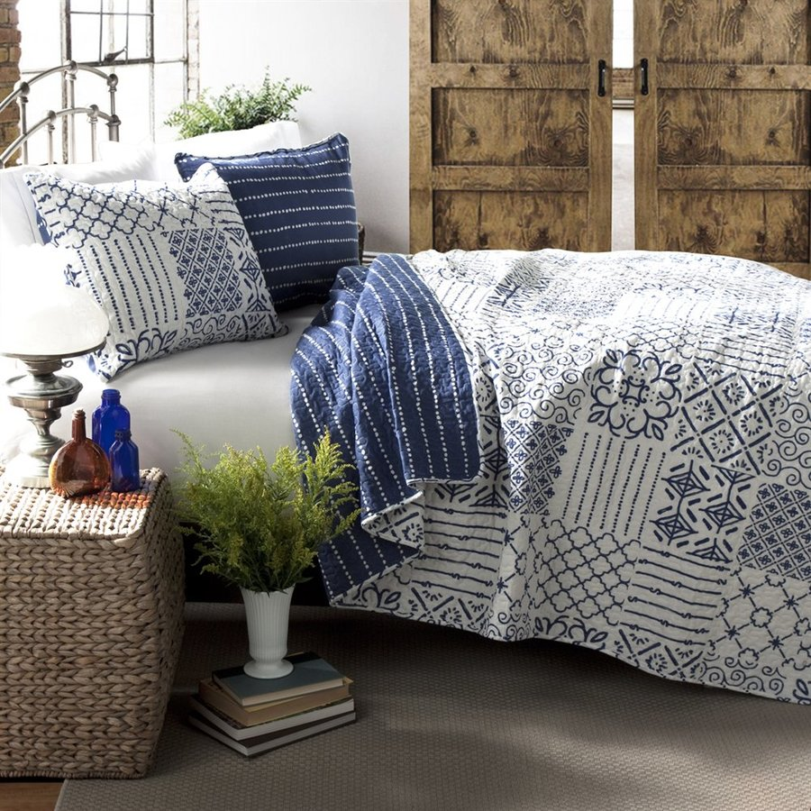 Lush Decor Monique 3-Piece Blue Full/Queen Quilt Set