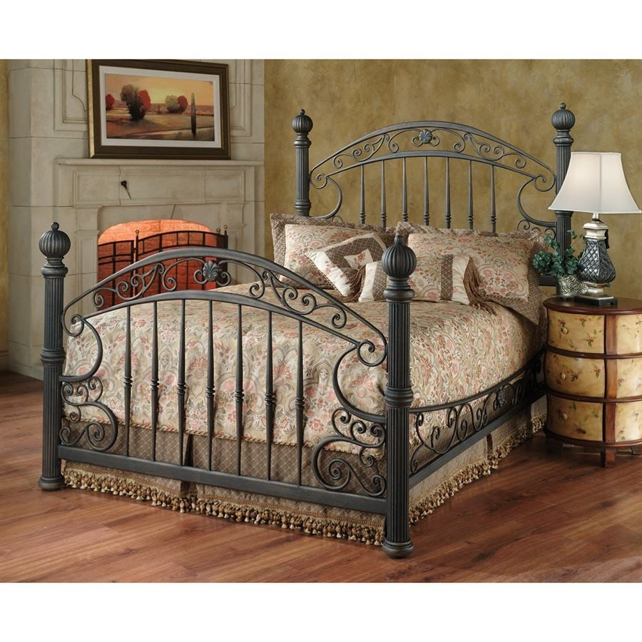 Hillsdale Furniture Chesapeake Rustic Old Brown Queen 4-Poster Bed