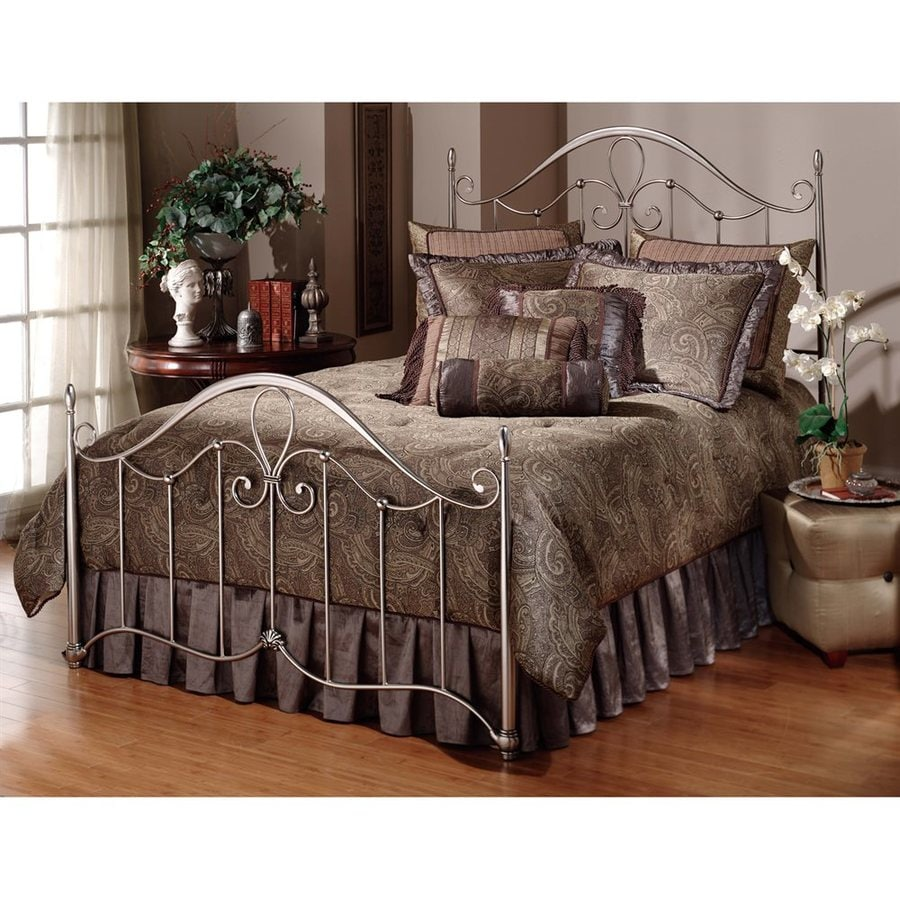 Hillsdale Furniture Doheny Antique Pewter Queen 4-Poster Bed