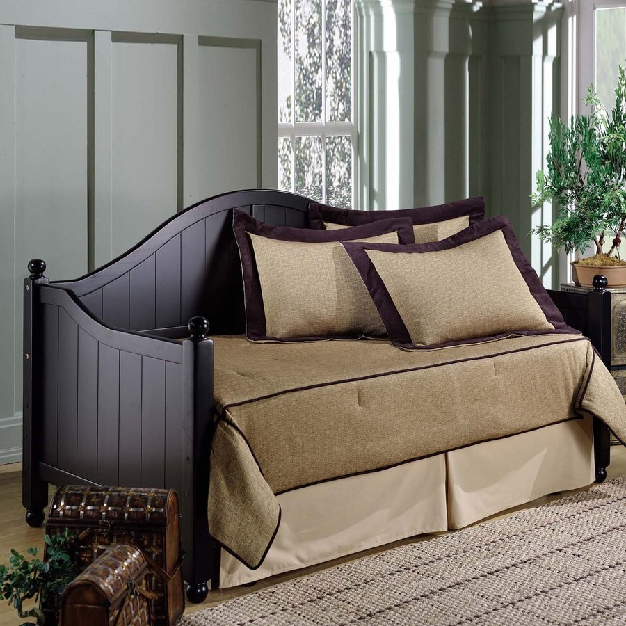 Hillsdale Furniture Augusta Rubbed Black Twin Trundle Bed