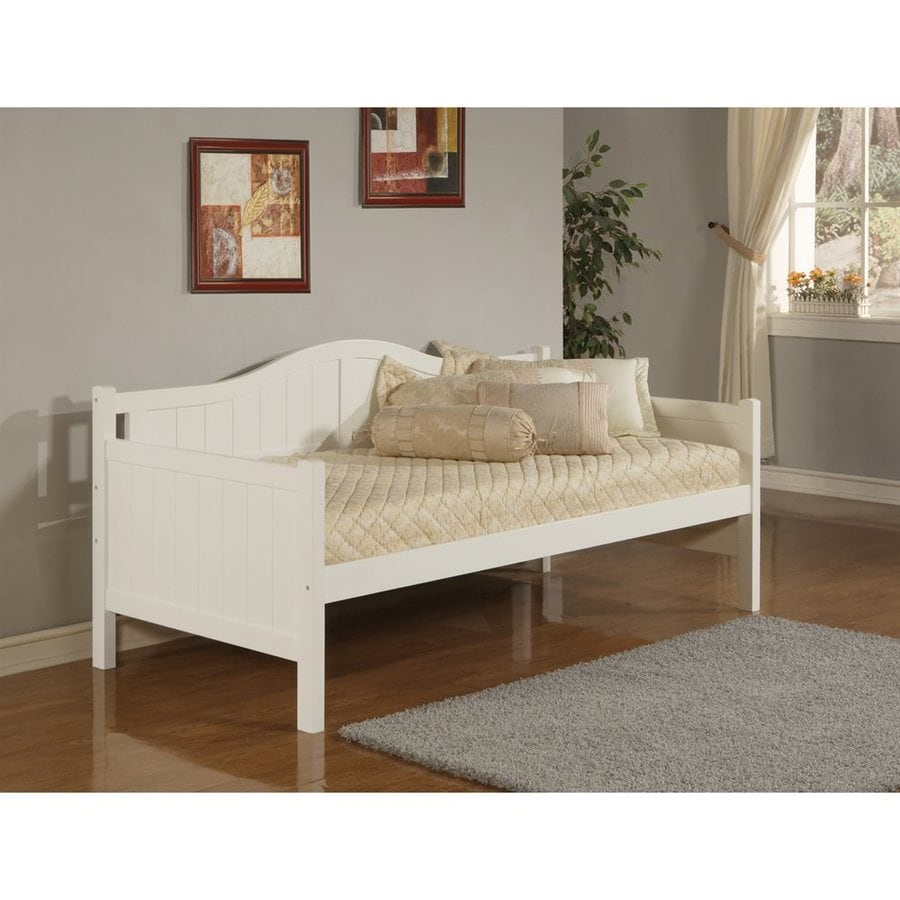 Hillsdale Furniture Staci White Twin Daybed Bed
