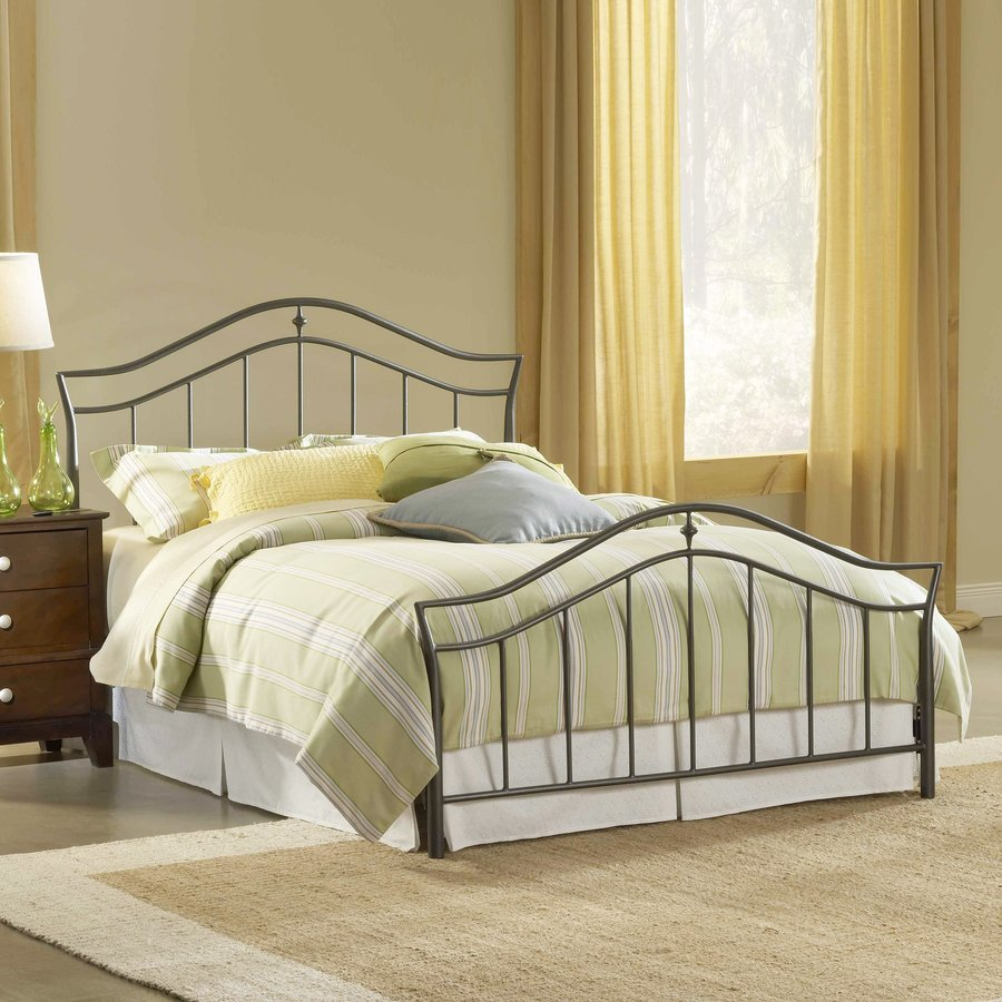 Hillsdale Furniture Imperial Twinkle Black Queen Panel Bed